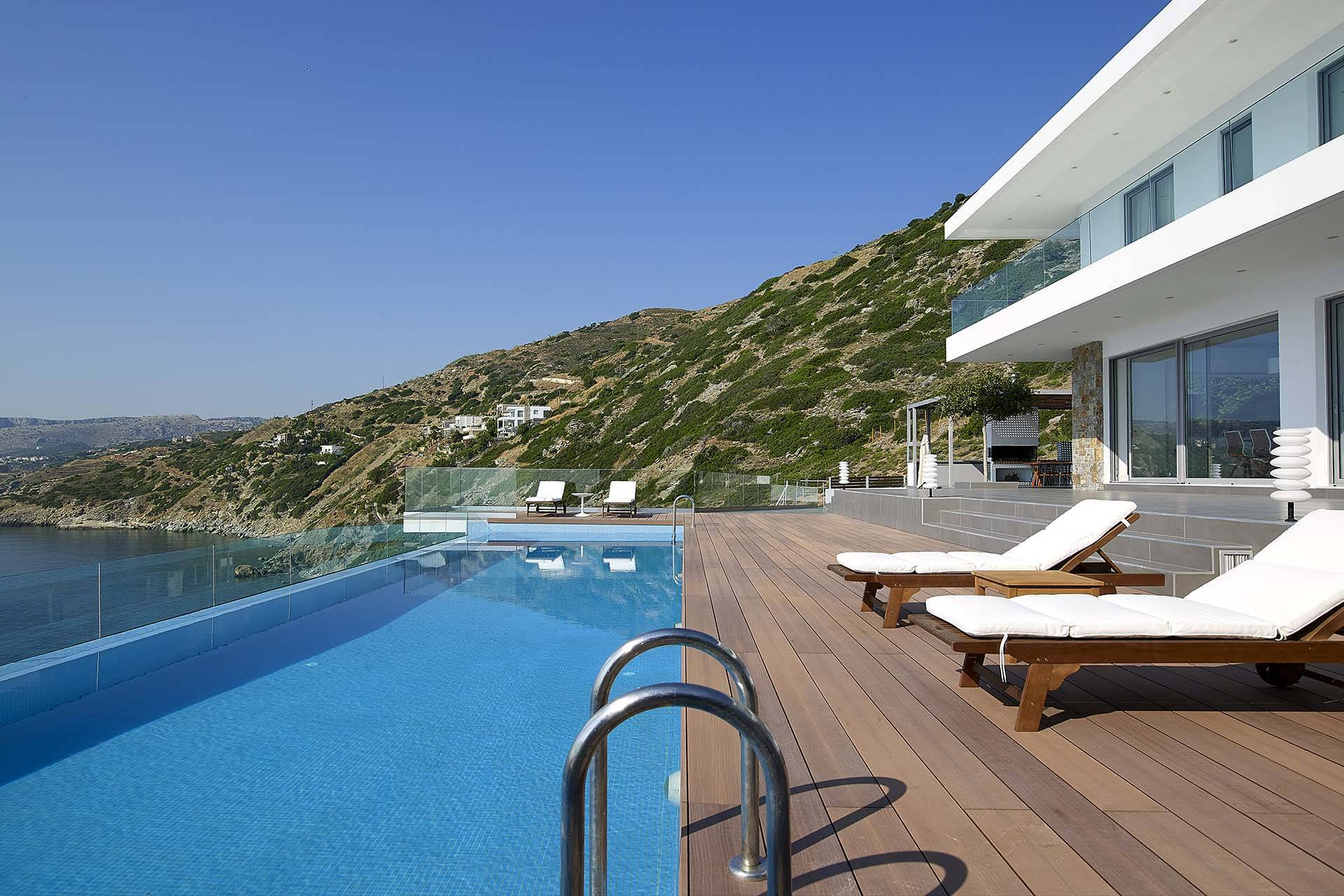 Crete luxury villa Epavli in Heraklion