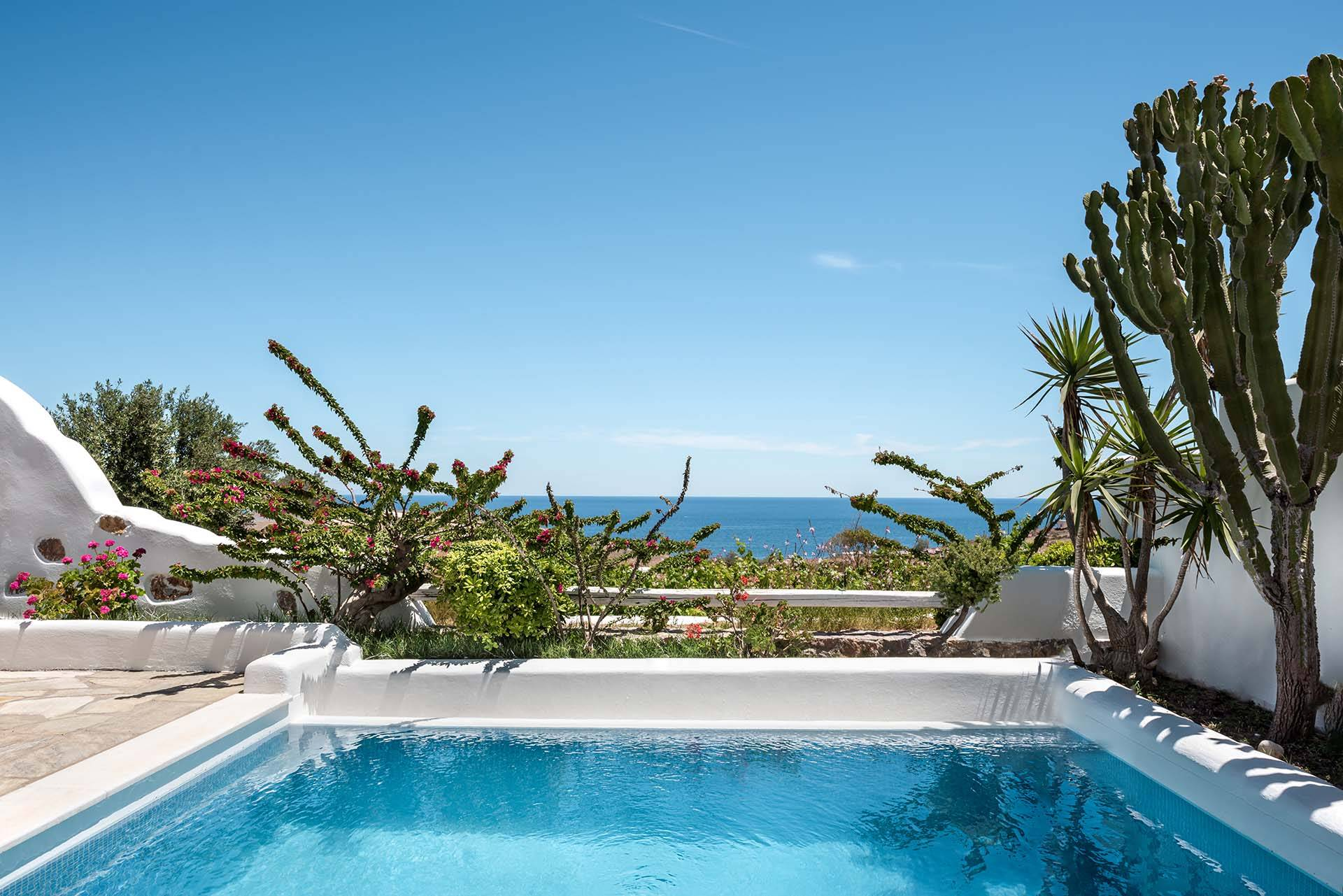 Santorini luxury villa Vourvoulos Retreat in Vourvoulos