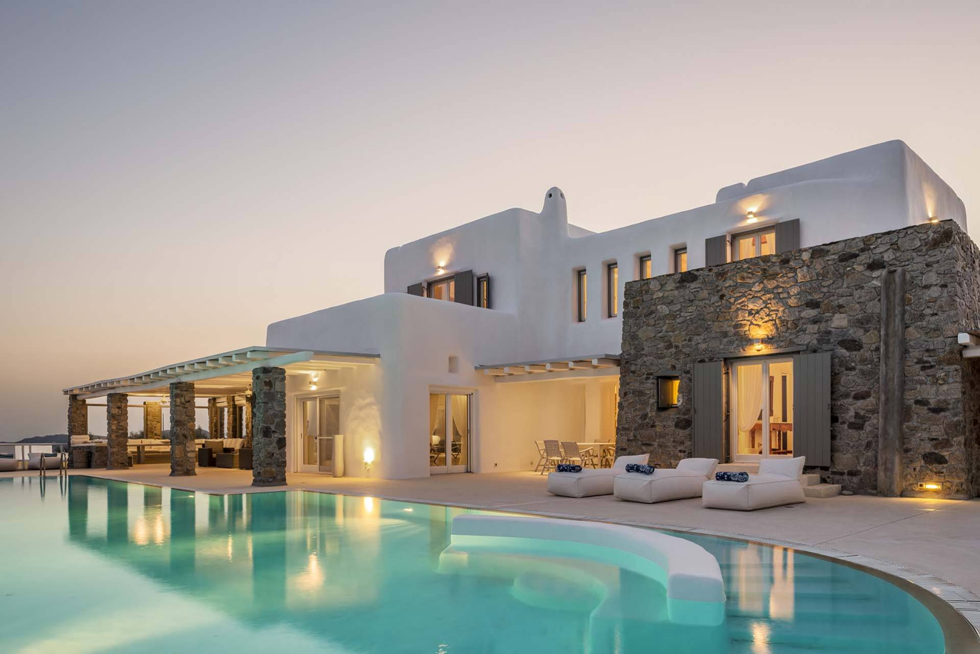 Mykonos luxury villa Dreamcatcher in Aleomandra